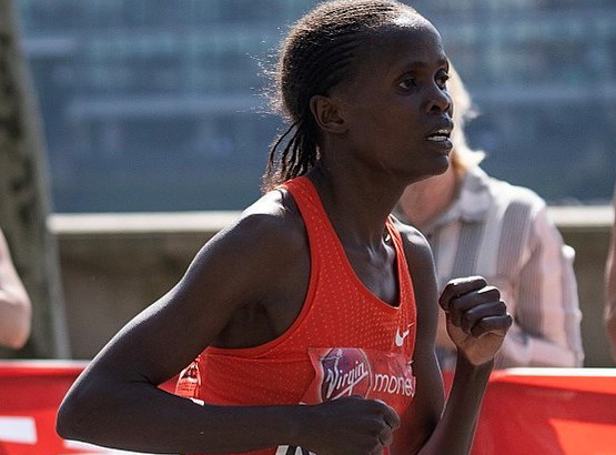 Kosgei London Marathon 2018 1