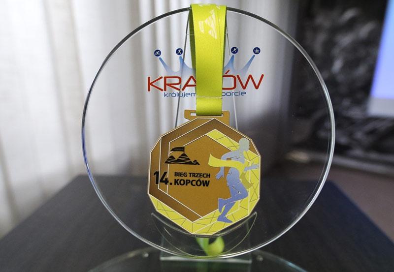 bieg trzech kopcow 2021 medal